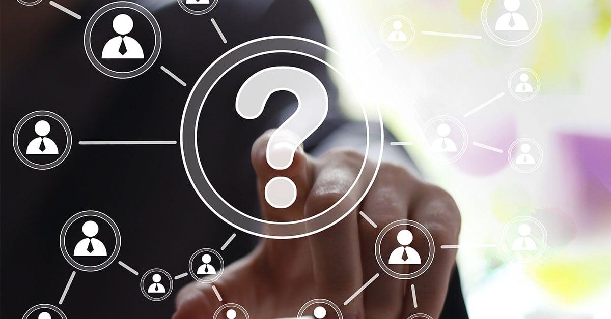 Hva er forskjellen på en styringsgruppe og en referansegruppe?