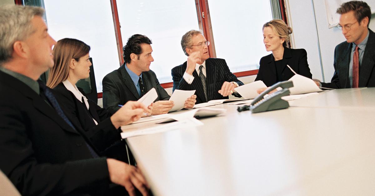 Hvordan-bør-styringsgrupper-tilpasse-seg-smidige-prosjekter